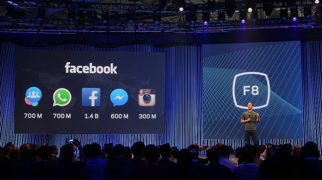 Facebook va investir dans l'IA et la formation numérique
